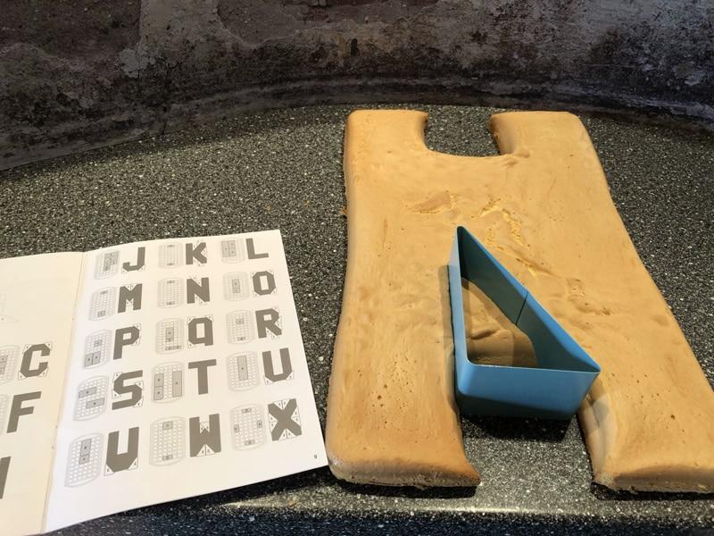 Backform für Kuchen Buchstaben und Nummern Foto Bärbel Lehrke Pampered Chef Deutschland