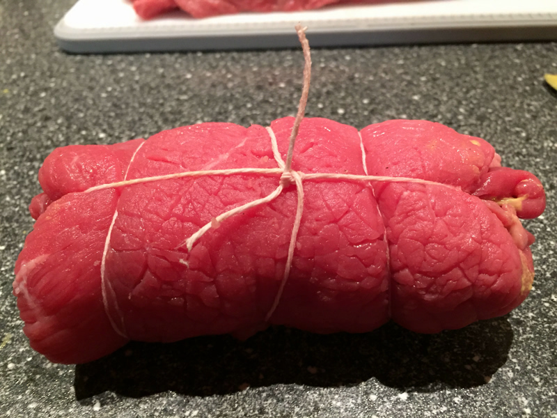 Rouladen gewickelt mit Rindfleisch und Füllung Rezept Foto Bärbel Lehrke